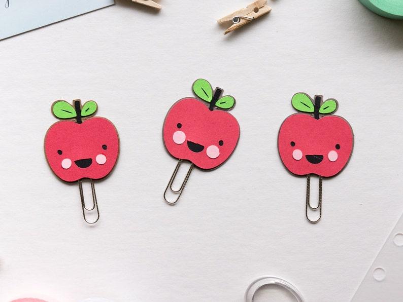 Apple Paper Clip image 0