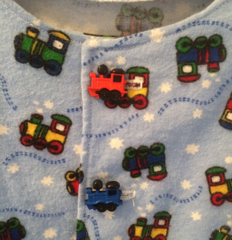 Holiday Gift Elastic Waist Two Piece 100/% Cotton Flannel Pajamas Two Train Buttons Trains and More Trains Trains Long Sleeves