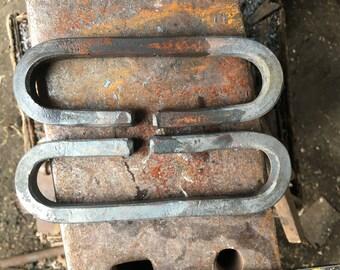 Open chain links