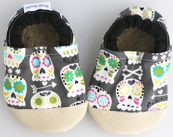 de91b4f5989c4 Skull baby shoes | Etsy