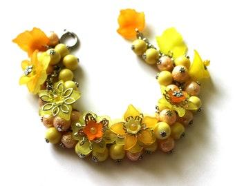 Yellow Flower Bracelet, Cha Cha Bracelet, Yellow Orange Bracelet, Floral Bracelet, Romantic Bracelet, Yellow Bead Bracelet, Cluster Bracelet