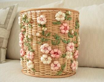 Woven Wastebasket- Raffia Flower Wastebasket-Wicker Trash Can-Wicker Wastebasket-Woven Wicker Wastebasket-Girls Bathroom