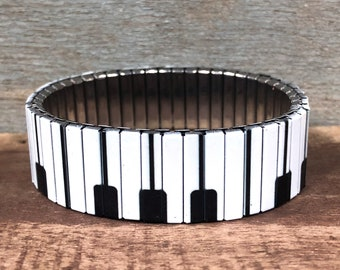 Wrist-Art, Piano keys, stretch bracelet