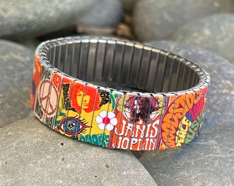Hippie 60s stretch bracelet Woodstock Peace and Love
