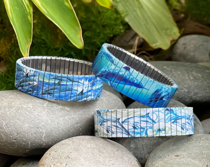 Featured listing image: Dolphins stretch bracelet