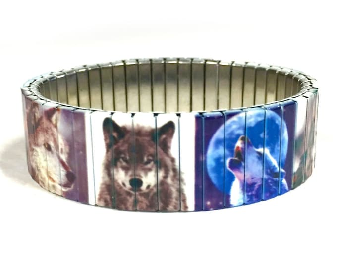 Wolves stretch bracelet made of repurposed stainless steel watch band