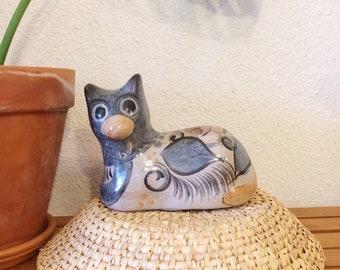 Mexican tonala cat/vintage handmade pottery figurine