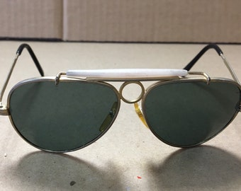 3c33034111d4 Vintage Ray-Ban Style 1970's Retro Bullet Hole Sunglasses Small Made In  Taiwan