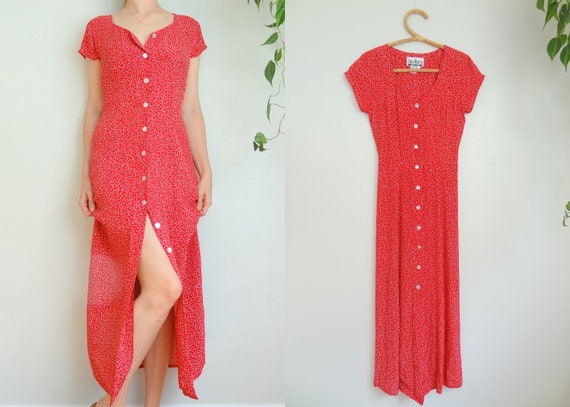 Vintage 90s Romantic Red & White Ditzy Print Butto