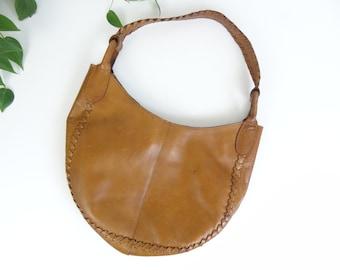 Vintage 70s Brown Tooled Leather Hippie Hand Bag // Shoulder Bag