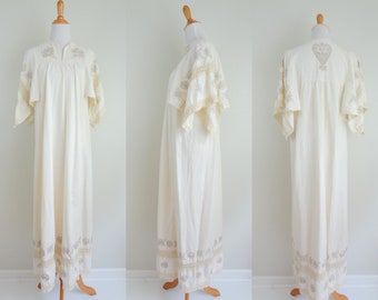 Vintage Mexican Cream Cotton 60s 70s Embroidered & Lace Wedding Dress // Hippie Boho Maxi Dress