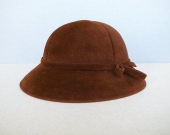 French Vintage Brown Wool Felt Woman's Cloche Hat / Bowler Hat - Taupé Véritable -