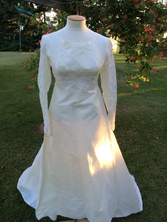 1960s Vintage Wedding Dress