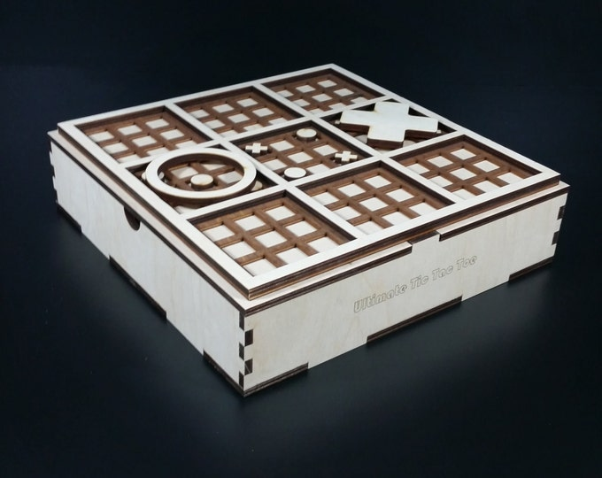 Ultimate Tic Tac Toe Set with Board, Case and Pieces