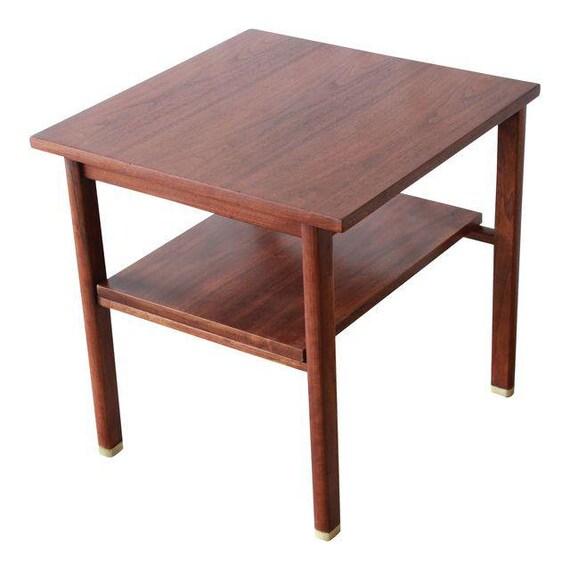 47927b31645c Edward Wormley for Dunbar Walnut Side Table