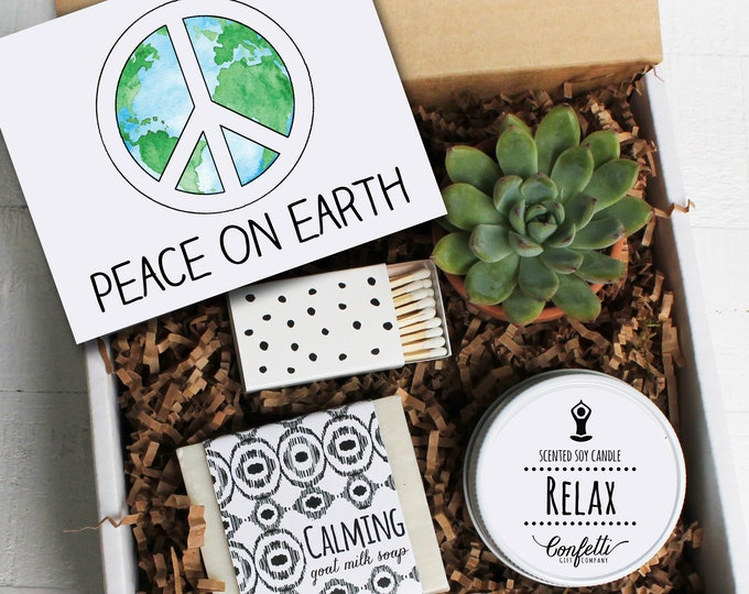 Peace On Earth Gift Box -  Holiday Spa Gift | Seasonal Gift Basket | Winter Gift | Christmas Gift Box | Hostess Gift | Send a Holiday Gift