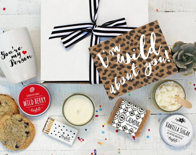Valentine's Day Gift Box - I'm Wild About You - The Works |  Girlfriend Gift | Boyfriend  Gift | Wild Berry Candle | Pamper Gift Set