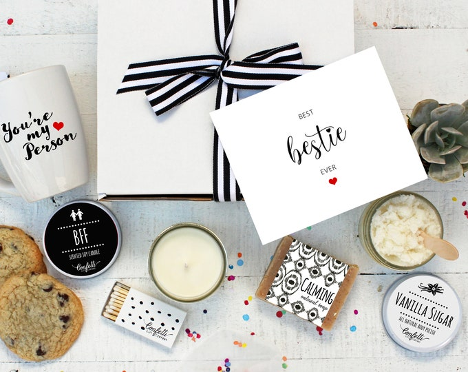 Best Bestie Ever Gift Box - The Works |  Best Friend Gift | BFF candle | Pamper Gift Set | Gift For Her | Personalized Gift | Gift for Her