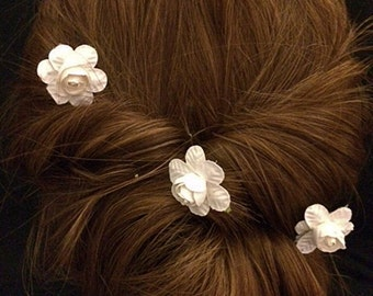 Three petite white rose hair pins, Bridal hairpins, Bridal Accessories, Hair Accessories, Hair Decorations