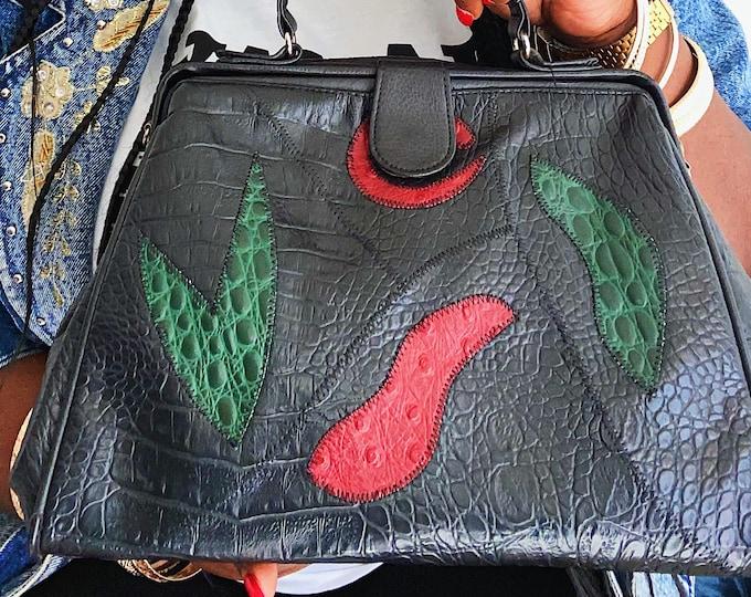Featured listing image: Vintage purse