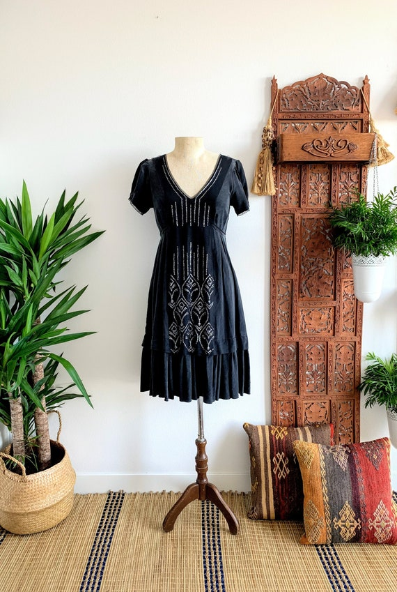 VTG BCBG Charcoal Black Silk Sequin Dress/Frosty B
