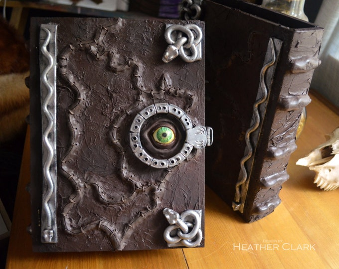 Hocus Pocus Book Box Replica With Functional Hinge