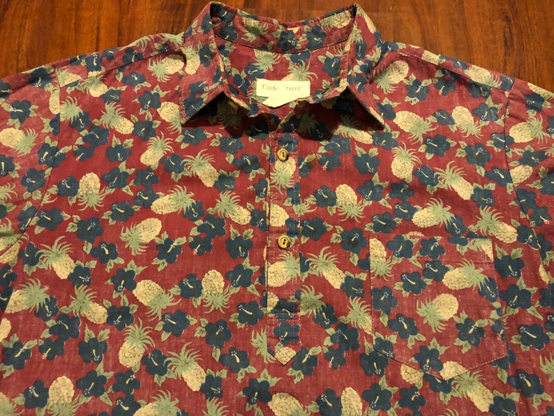 Large Vintage Red Floral Popover Pullover Button Up Short Sleeve Shirt Ivy League Summer