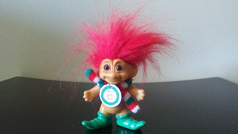 """7/"""" Russ Soft Troll Doll CHRISTMAS CANDY CANE ELF WITH HANG TAG NEW"""