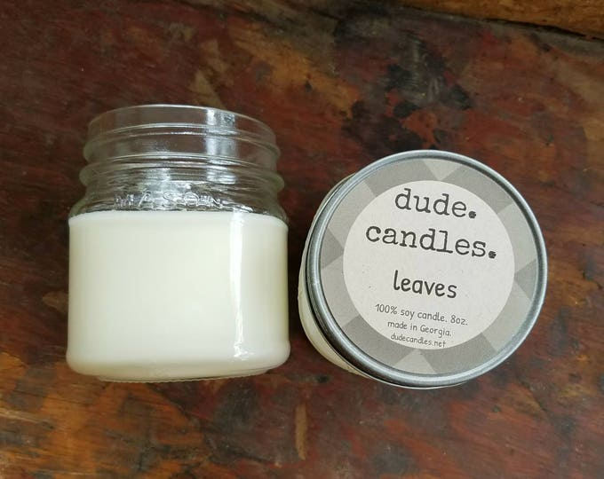 leaves candle. 8oz soy candle.