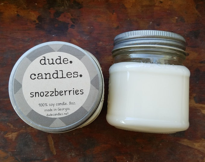 snozzberries candle. 8oz soy candle.