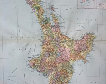 1920 New Zealand North Island Extra Large Original Antique Map with inset maps of the British Samoan Islands and dominion of New Zealand
