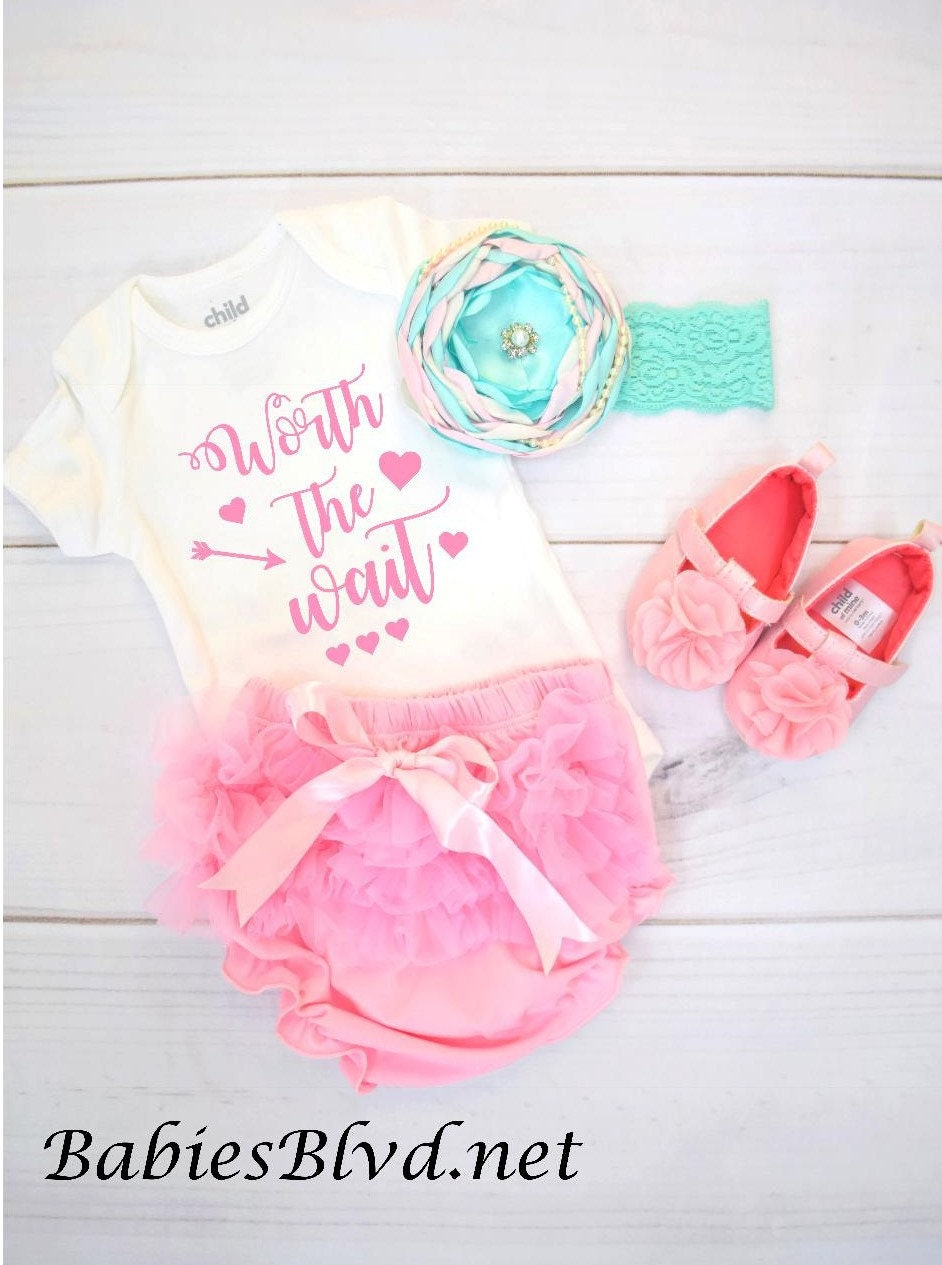 2b54531184a3 Newborn going home outfit