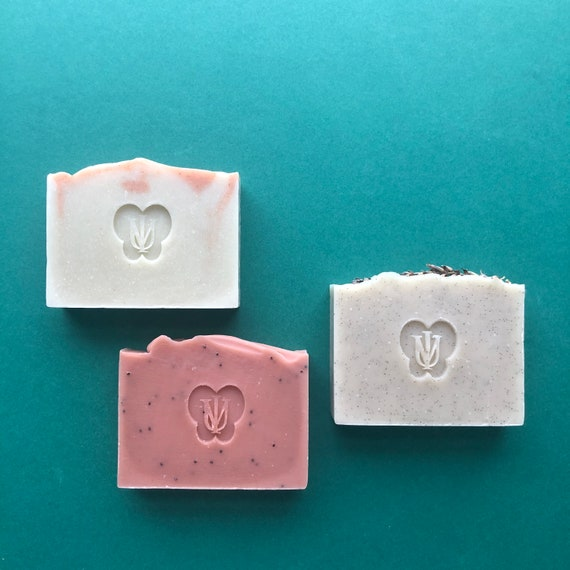 Stock Clearance - 3x Body Soap Set - Floral/Herbaceous Scent