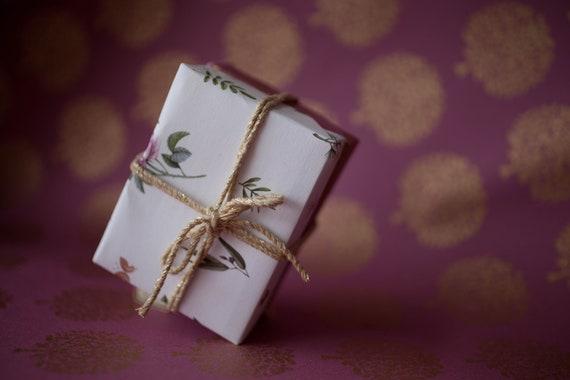Christmas Soap Set - 1 x Fez Shampoo & 1 x Secret Garden Body Soap