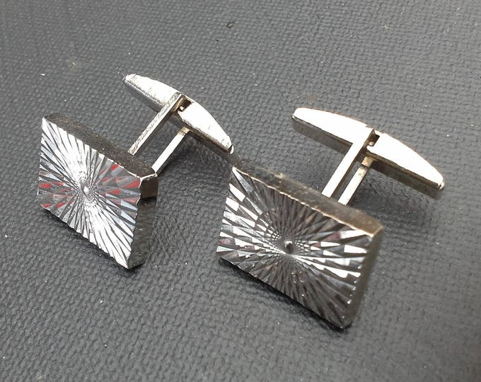 Retro Hipster Rectangular Starburst Machined Silver Tone Cuff Links Vintage from the 70's