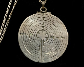 Huge 7cm 925 Sterling Silver Chartres Labyrinth Pendant Necklace, Mythical Maze Charm Medieval Pendant on 3mm Figaro Chain 75cm
