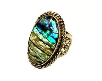 Beautiful Vintage Southwestern Paua Shell & Sterling Silver Ring Size 6 1/4