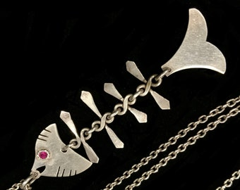 Large 9cm Articulated Ruby & 925 Sterling Silver Fish Bone Pendant with 60cm Chain Vintage Necklace