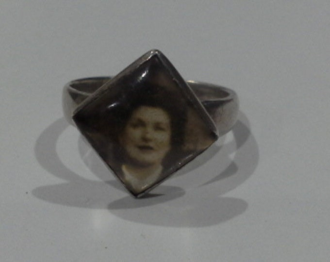 Art Deco Sterling Silver Portrait Ring Black & White Photograph of a Lady Size 8.5