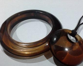 Tortoiseshell Acrylic Resin Plastic Chunky Bangle & Orb Pendant Necklace Set