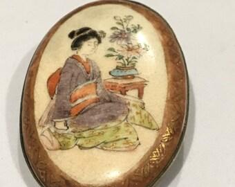 Old Antique Japanese Satsuma Oval Brooch Belt Buckle Geisha Girl  AF 19TH C JAPAN