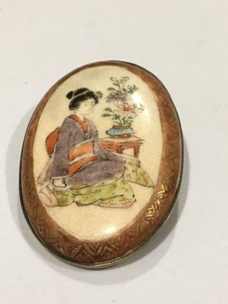 Old Antique Japanese Satsuma Oval Brooch Belt Buckle Geisha image 0