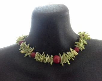 Vintage Artisan Lime Green & Red Natural Coral Choker Collar Necklace