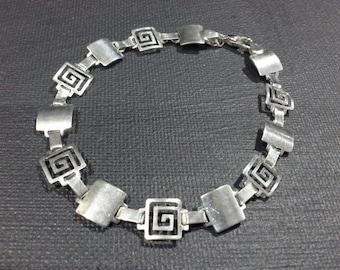 Vintage Mexico Sterling Silver Greek Key Motif Geometric Hinged Bracelet Signed MP-134 MEX 925