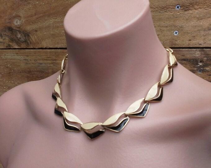 Vintage Trifari Black & Cream Enamel Wave Gold Tone Choker Necklace c 1970's