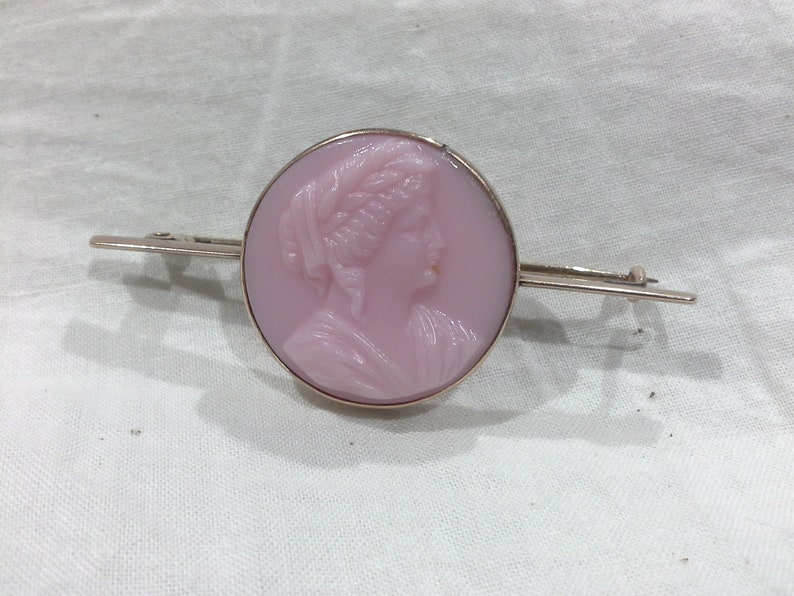 9ct Gold Pink Art Glass Cameo Bar Brooch Pin Art Deco image 0