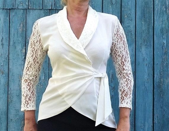 Wedding White lace jacket Vintage Elegant lace blo