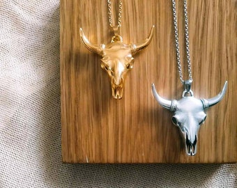 Boho Bull Head Necklace For Men-Taurus Head Pendant Necklace-Round Box Chain Pendant Necklace-Longhorn Necklace-Hipster Cow Head Pendant