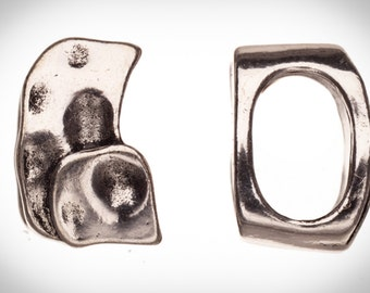 4pcs Hammer-tone abstract shape antique silver-plated Licorice charms fits Licorice leather fits 7.5x11.5mm cord, 16x10mm