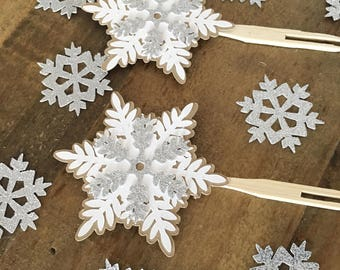Snowflake Cupcake Toppers! Winter Birthday- Winter Wonderland Party- Snowflake Party